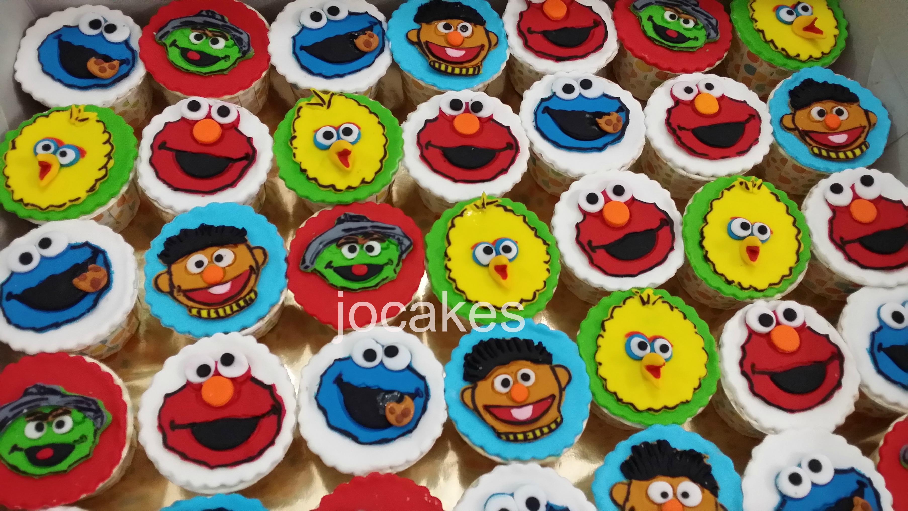 Sesame Street Cake Jocakes